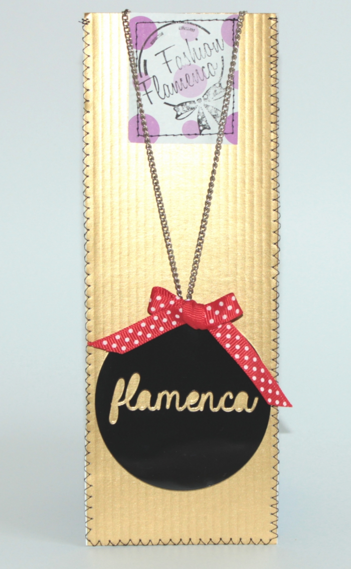 Pink necklace flamenca